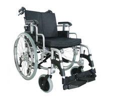 Кресло-коляска инвалидная Титан LY-710-950 взрослая (шир.сид. 46 см)